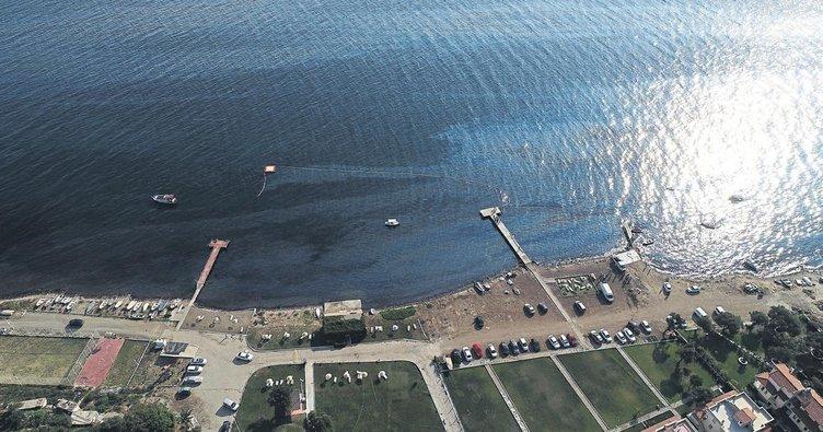 Foça'da Fuel Oil Sızıntısı